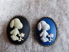 Lot x 2 Blue and Black SNOPPY Cameo Vtg Effect Costume Brooch