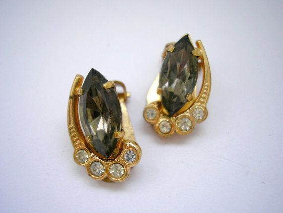 Gold tone clip on earrings with rhinestones from 70s by badgestuff, $4.00