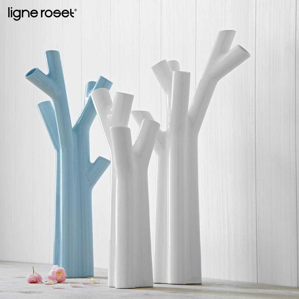 Roseau by Noè Duchaufour-Lawrence  White ceramic vase that resembles the shoots of a budding plant. Perfect for flowers or twigs. Available in small or large, also available in sky blue.  Live Beautifully! www.lignerosetsf.com  #Home #LigneRosetSF #Interior #Design #LigneRoset