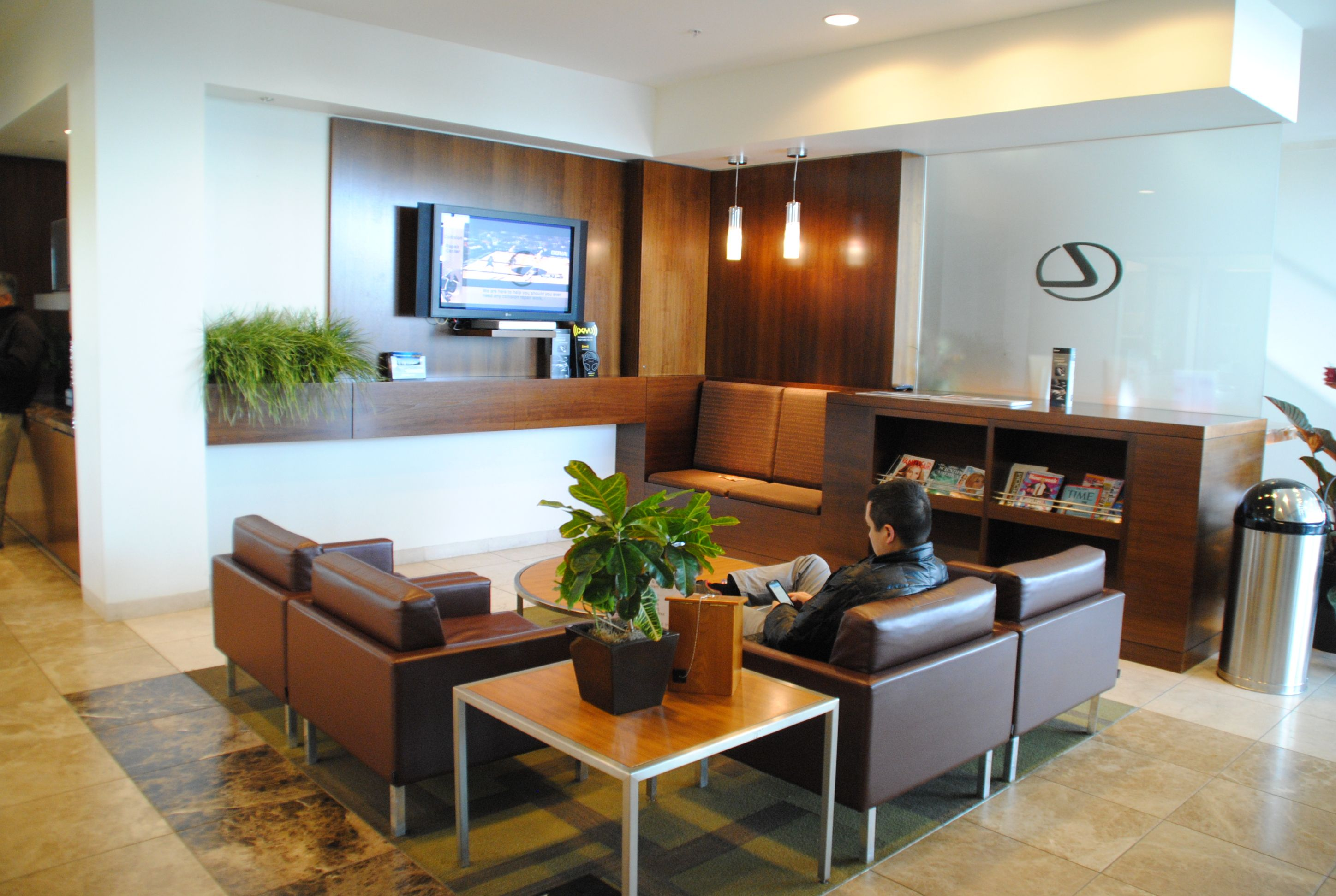 Pleasing Multiple Customer Lounge Areas Are Available While You Wait Home Interior And Landscaping Ologienasavecom