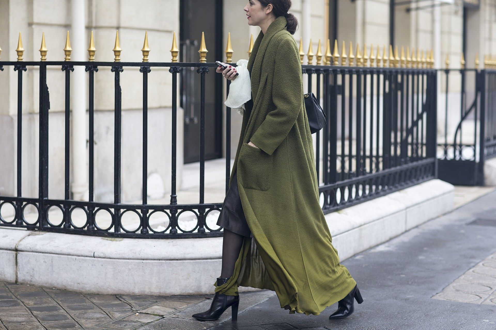 Street chic. i love the combination of materials - lovely!