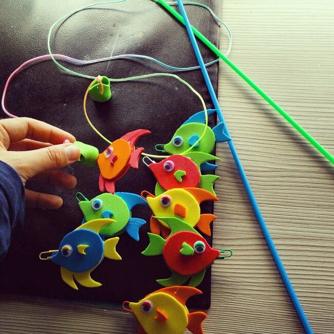 Juego De Pescar Peces De Goma Eva Hecho Mano Juegos De Pesca Para Niños Actividades De Aprendizaje Del Niño Juegos De Kermes