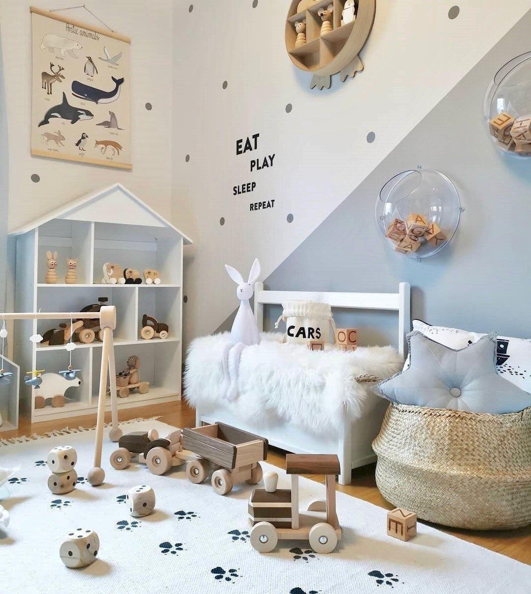 Skandinavisches Kinderzimmer In Neutralen Tönen Einrichten Skandinavische Kinderzimmer Kinder Zimmer Kinderzimmer