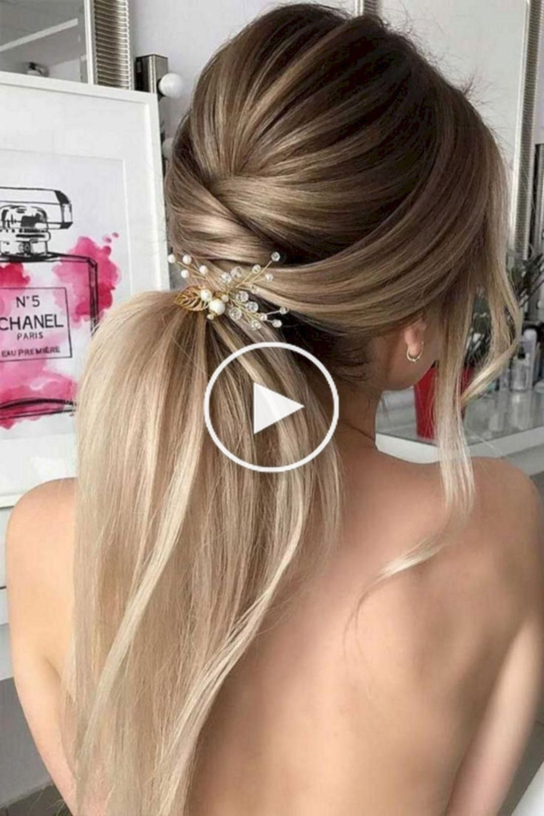 10 Stunning Women Christmas Hairstyle Ideas To Inspire You Great Idea 10 Stunning Wo Haarschnitt Schichten Brautjungfern Frisuren Kurze Haare Frisur Ideen