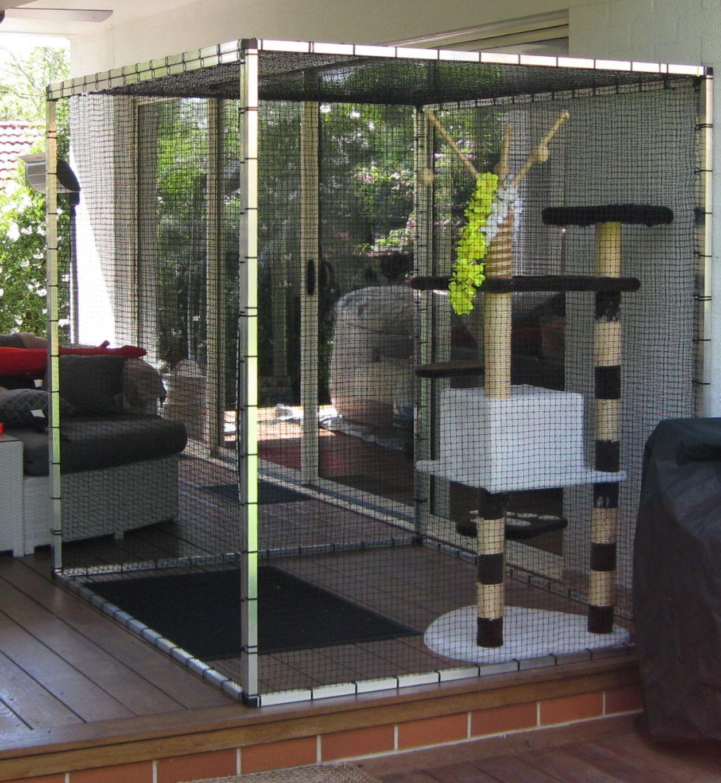 Bespoke outdoor cat run enclosure pen bespokecatrun woodenart ?