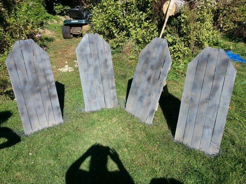 Diy Pallet Tombstones Wood Halloween Decorations Halloween