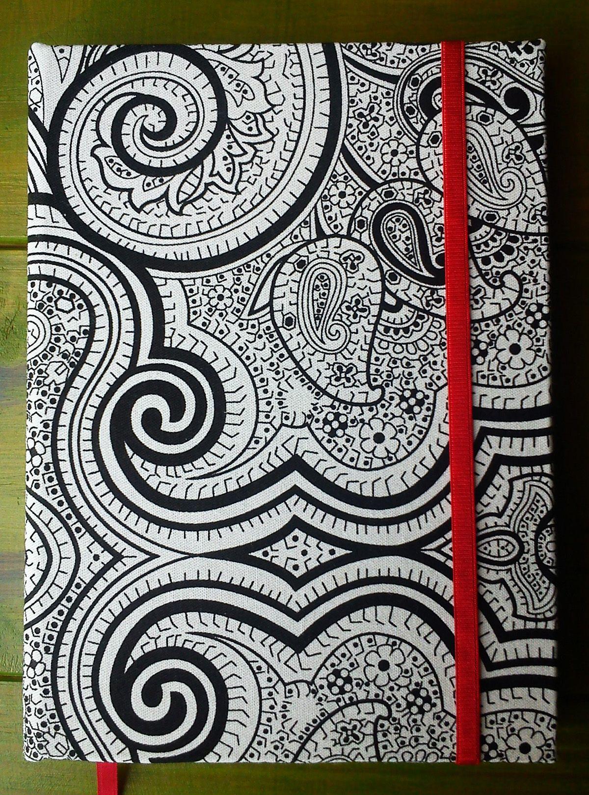 Tamaño 15cm x 21 cm  80 hojas lisas bookcel