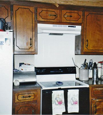 Inspiring Kitchen Cabinet Makeovers, How To Paint 1970 S Kitchen Cabinets