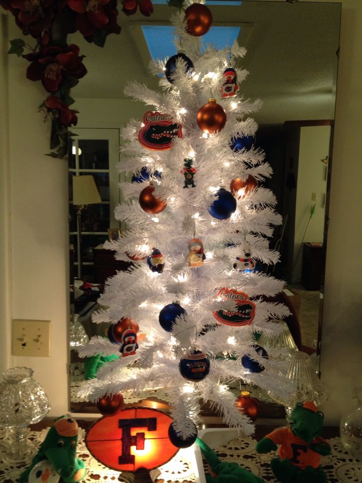 University of Florida-Gator Christmas tree | GO GATORS!! | Pinterest ...
