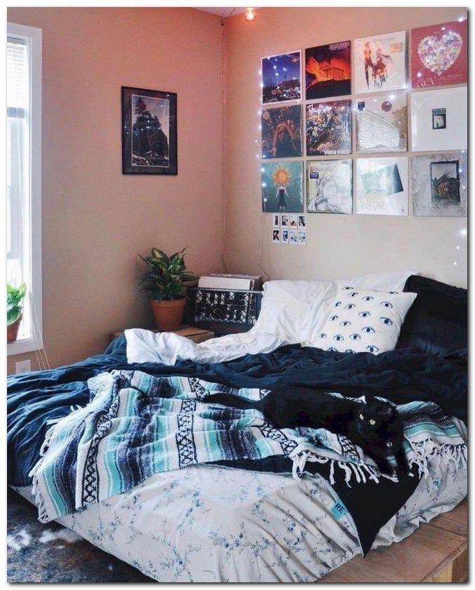 47 Cool Urban Farmhouse Master Bedroom Makeover Ideas ...