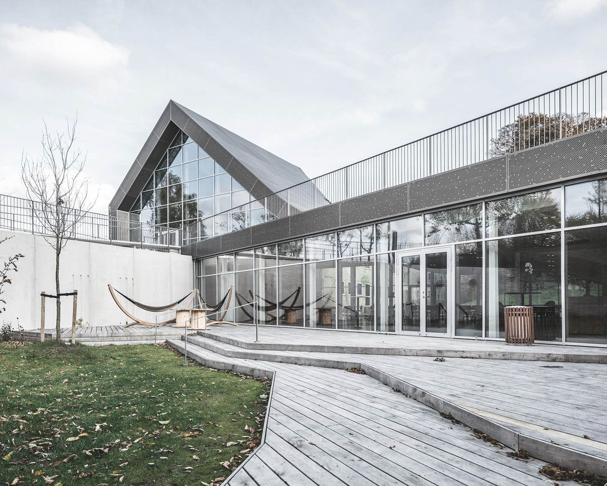 Gallery of Mariehøj Cultural Centre / Sophus Søbye Arkitekter + WE Architecture - 6
