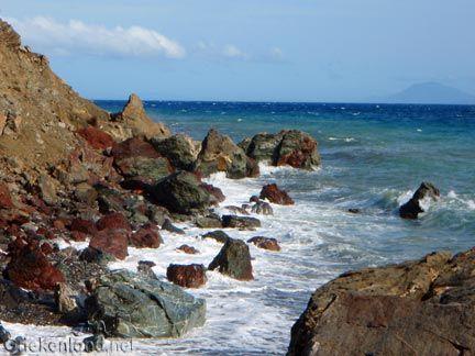 Mooie rotsformaties bij de warme bronnen in het zuiden van Kos. Nice rocks close to the hot springs in the south of Kos.