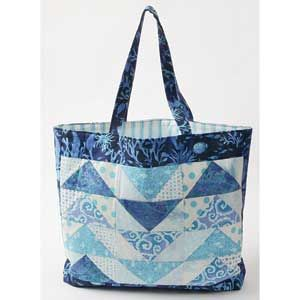 A Sampling of Geese: FREE Flying Geese Quilted Tote Bag Pattern ... : quilting tote - Adamdwight.com