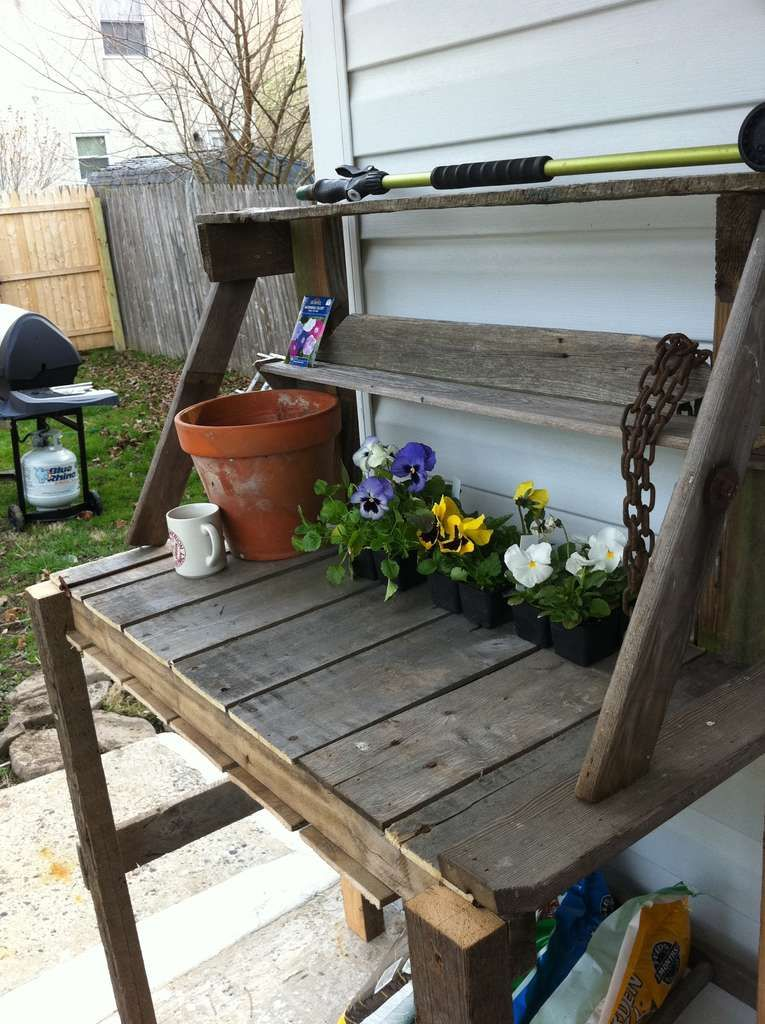 Wooden Pallete Potting Bench Pallet Furniture Plans Step 640 x 480