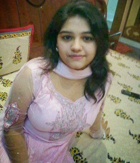 Desi Pretty Cute Teenage Girls Dirty Photos