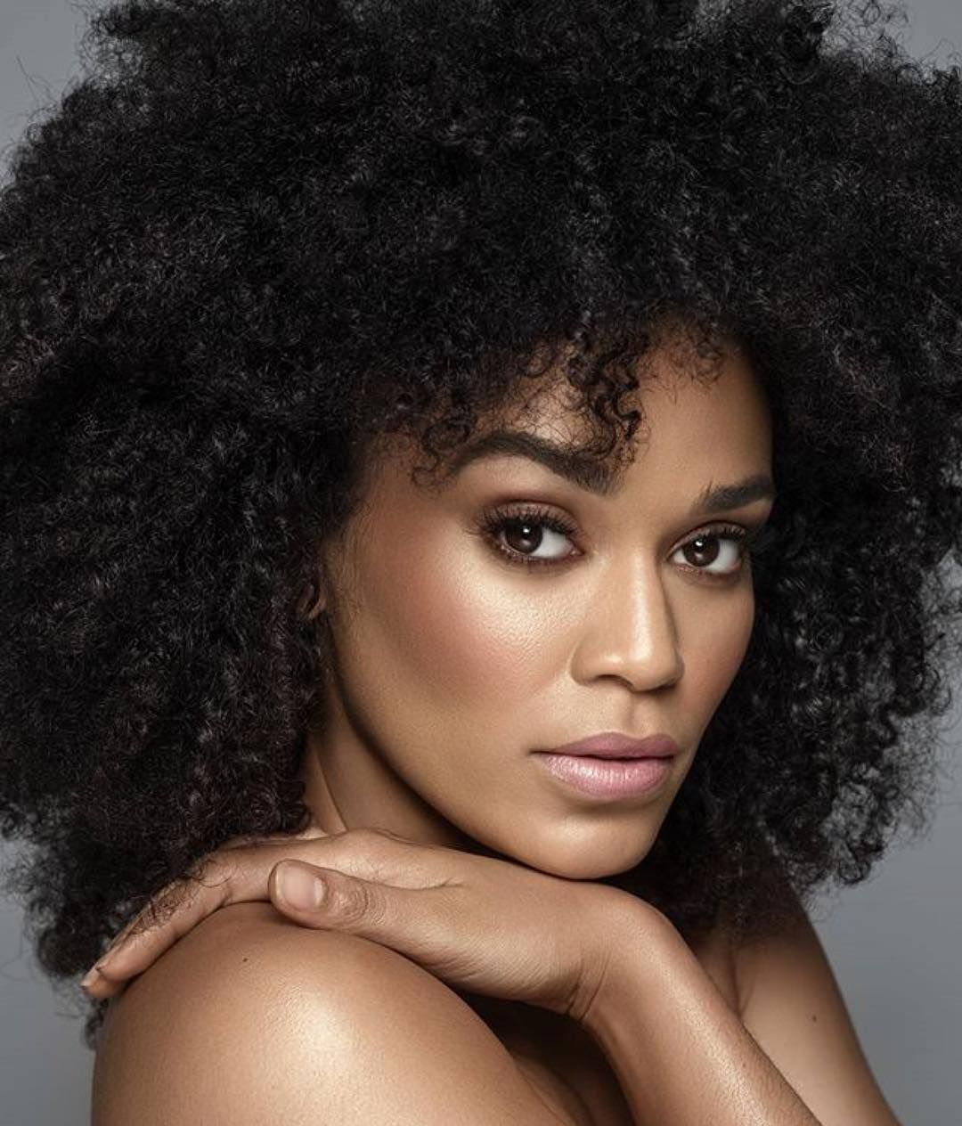 15 8k Likes 106 Comments Pearl Thusi Pearlthusi On Instagram Blackpearlmagic Repost Island Afro Hairstyles Afro Textured Hair Natural Hair Styles