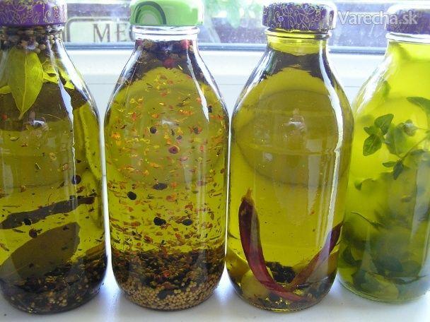 Ochutený olivový olej
