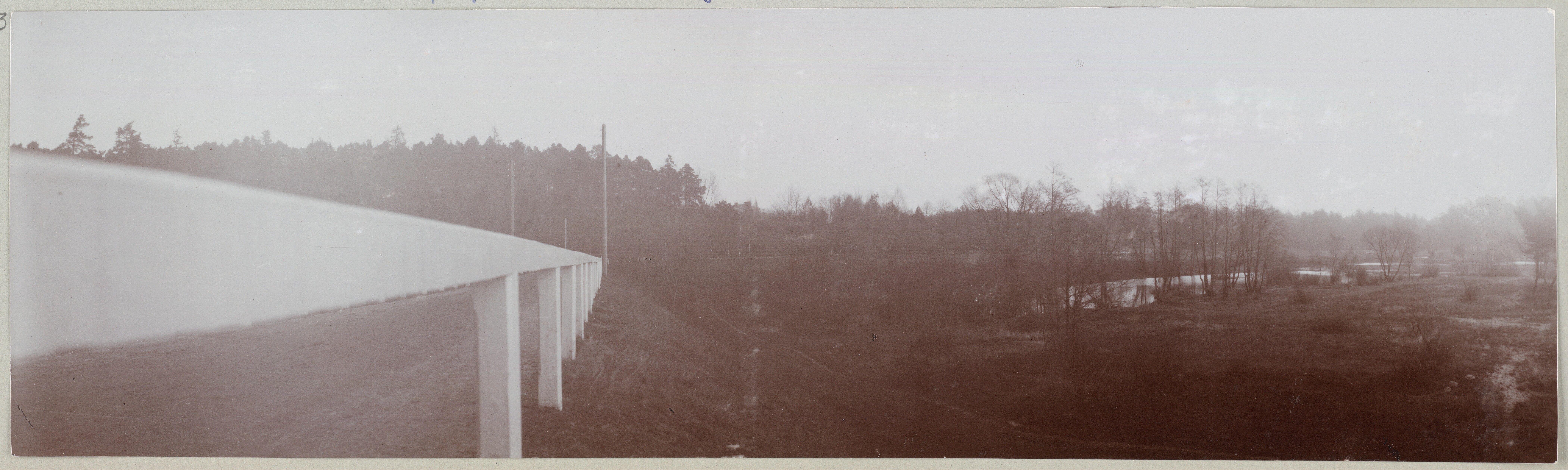 """""""Spala 1912"""" A paisagem rural, olhando para o rio"""