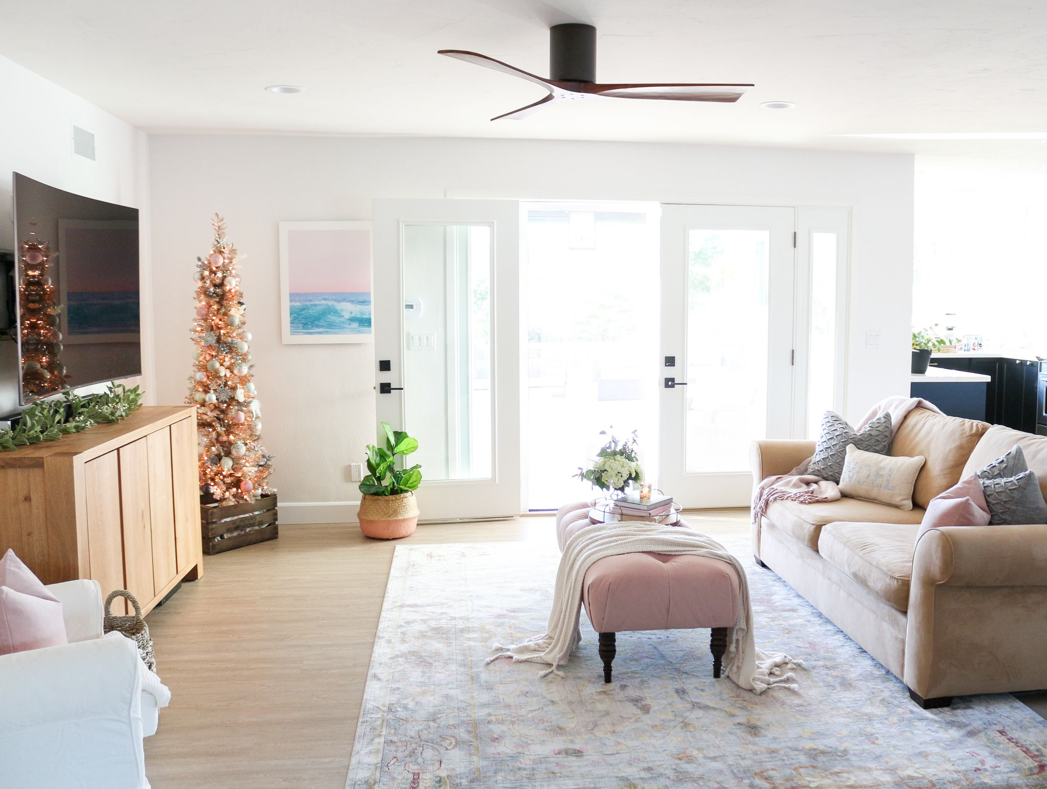 Blush Pink Rose Gold Christmas Tour | Living Room Ideas | Pinterest ...