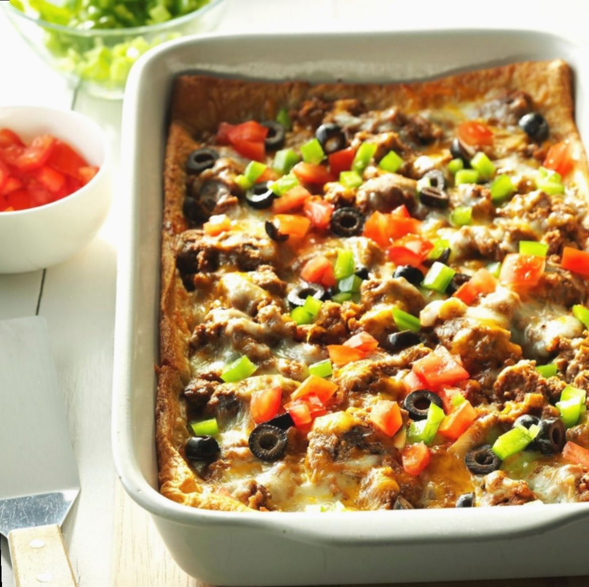 Dinner Ideas Mexican Crescent Rolls Insiderfood Thisisinsider Feedfeed In 2020 Beef Casserole Recipes Ground Beef Casserole Recipes Burrito Bake Recipe