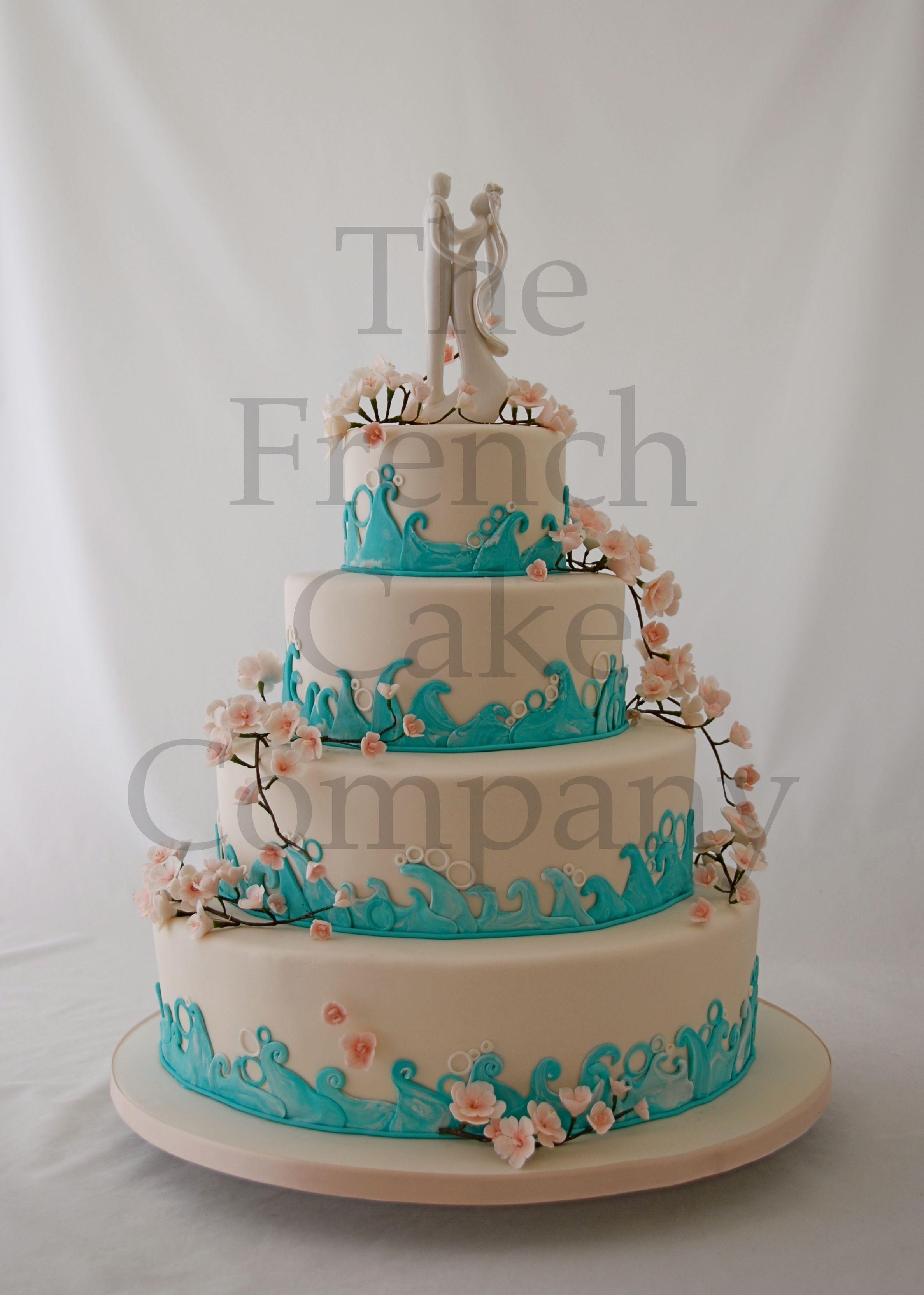 weding cake blue wave piece montee mariage vague bleue. Black Bedroom Furniture Sets. Home Design Ideas