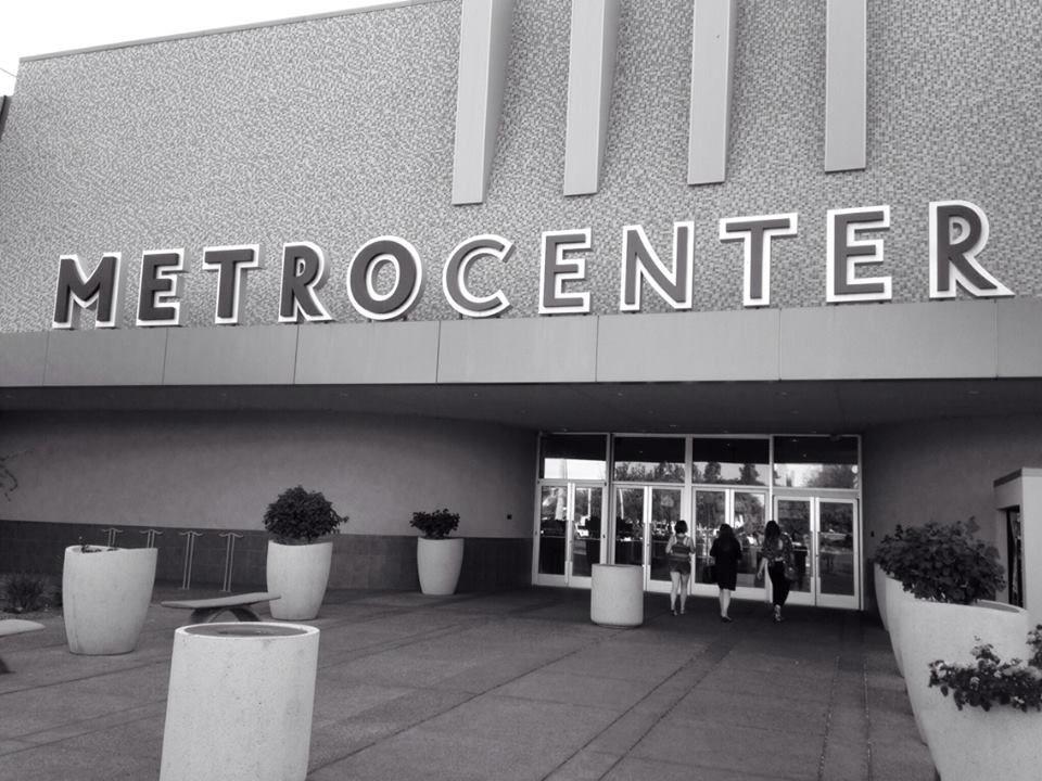 #MetroCenterMall #Phoenix #Arizona  #blackandwhite