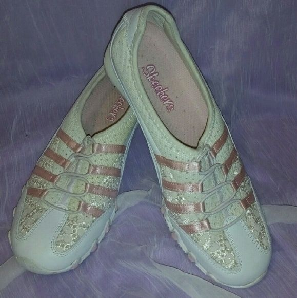Pink and white Sketchers size 7.5 Barely worn Skechers, super cute. Just have a few fuzzies inside from some socks.  Cross-posted. Please contact me before purchasing.  I have sales going on all the time, let me know if you're interested. Shipping out ASAP! Thanks for looking Skechers Shoes Sneakers