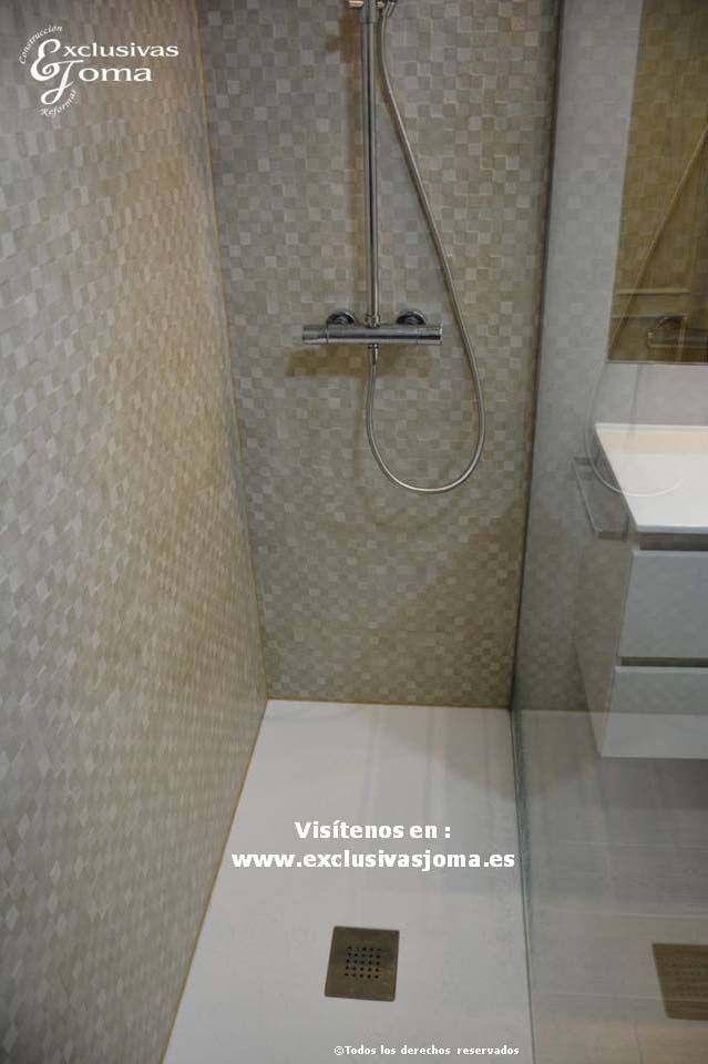 Reforma integral de piso en avenida vi uelas en tres for Piso ducha bano