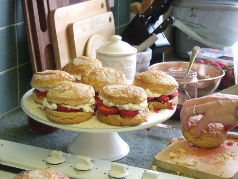 Wonderful English Scones recipe. But how can you guarantee they don't turn out dry and flaky? Here I have the answer...