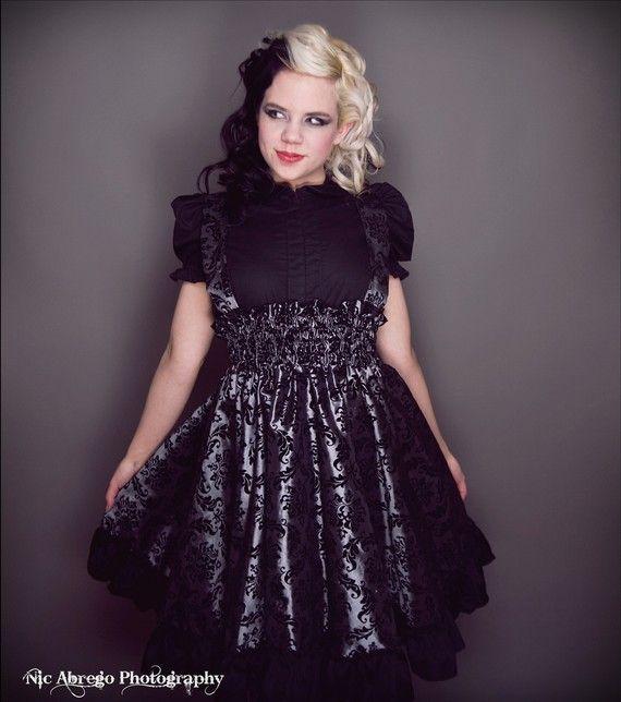 Best 25+ Plus size goth ideas on Pinterest | Cute gothic ...