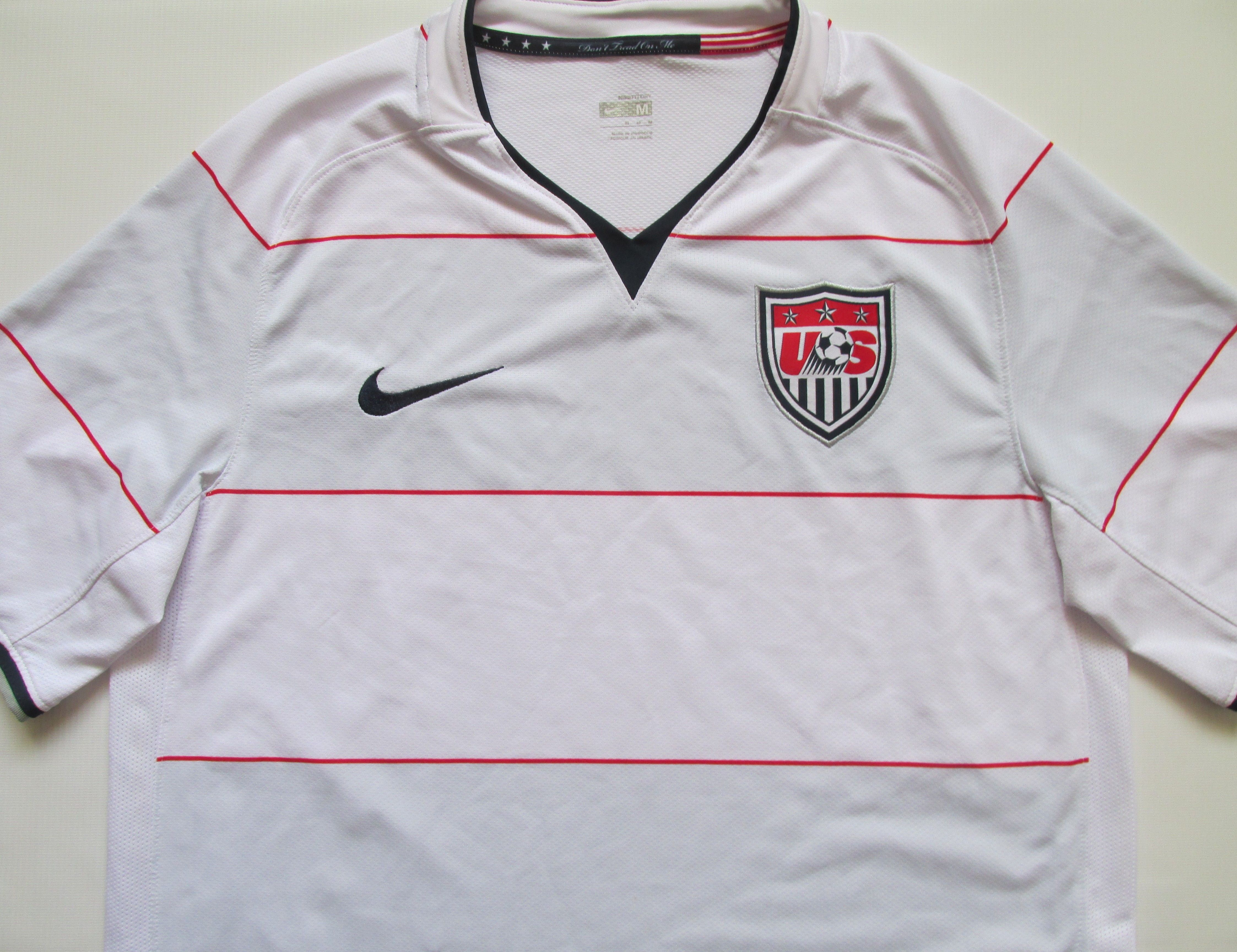 Usa 2008 2009 Home Football Shirt By Nike American Unitedstates Soccer Nt Jersey Usa Soccer Nike Jers Football Shirts Soccer Jersey National Football Teams