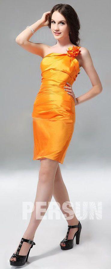 879cc2d1a3a Robe de soirée orange fourreau asymétrique ornée de fleurs