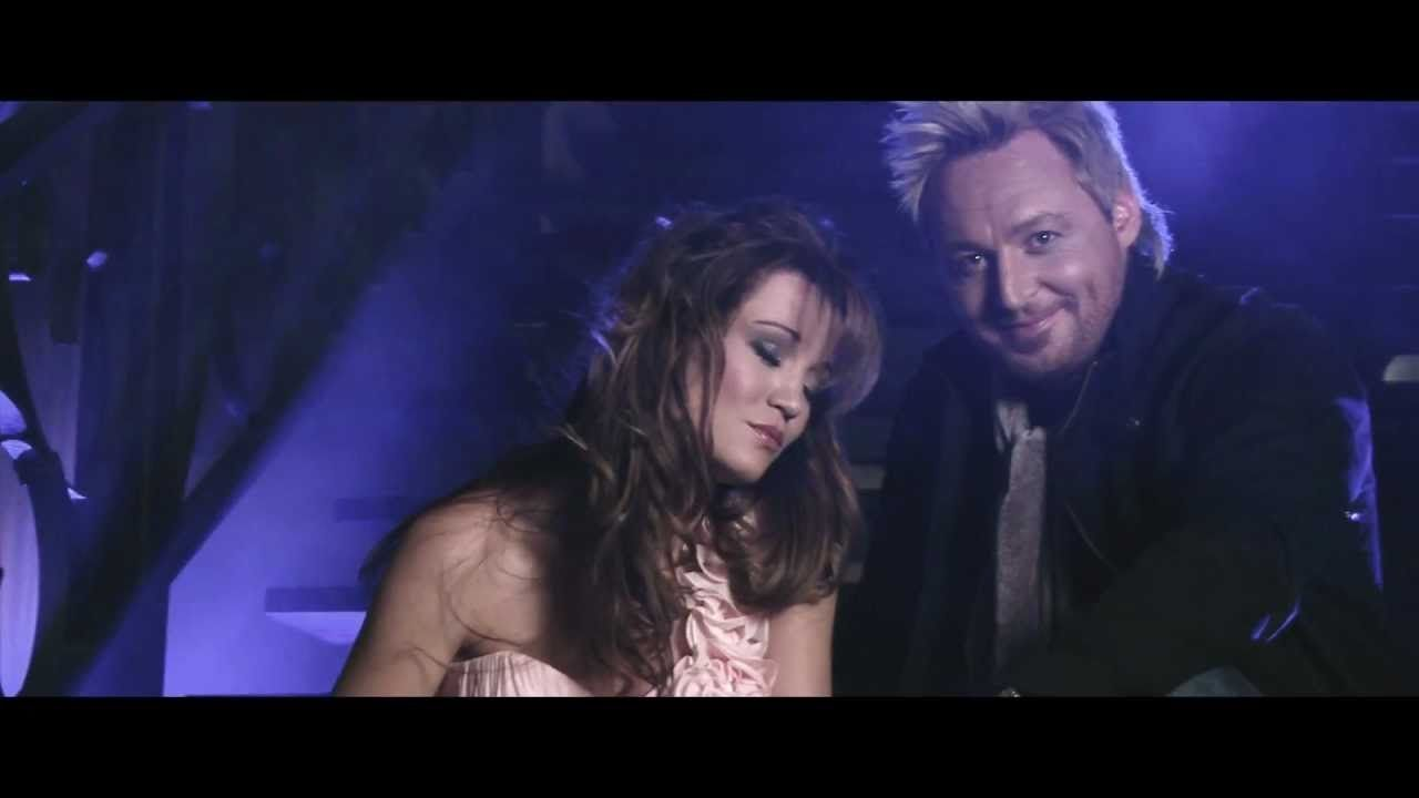 Gerhard Steyn En Nadine Rooi Roos Download Music Videos Nadine