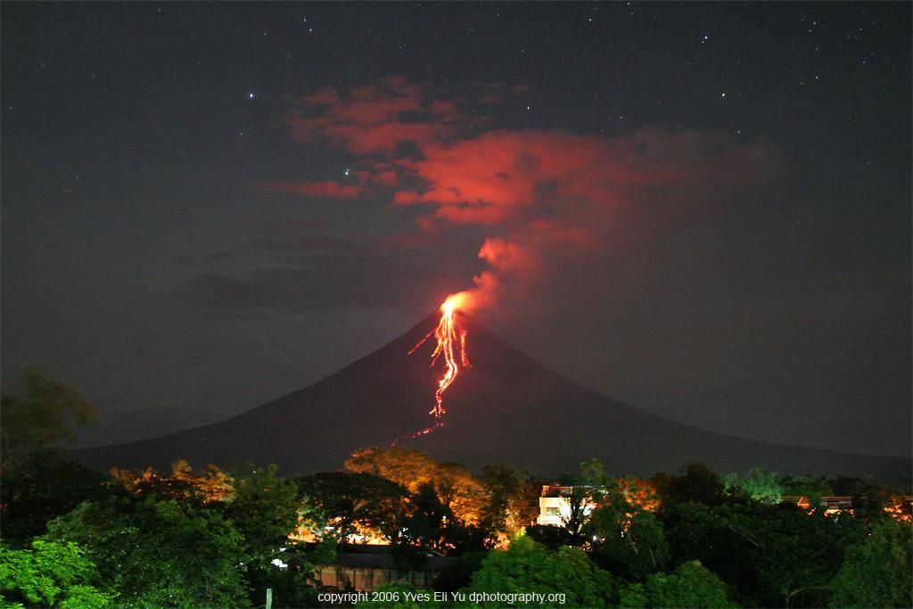 Mayon Volcano, Legaspi, Philippines  my hometown  one of the times