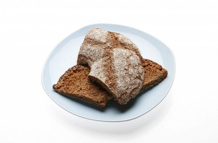 """""""Ruisleipä on suomalaisen ruokavalion multitabs"""", sanoo Terveyden ja hyvinvoinnin laitoksen (THL) tutkimuspäällikkö Satu Männistö."""