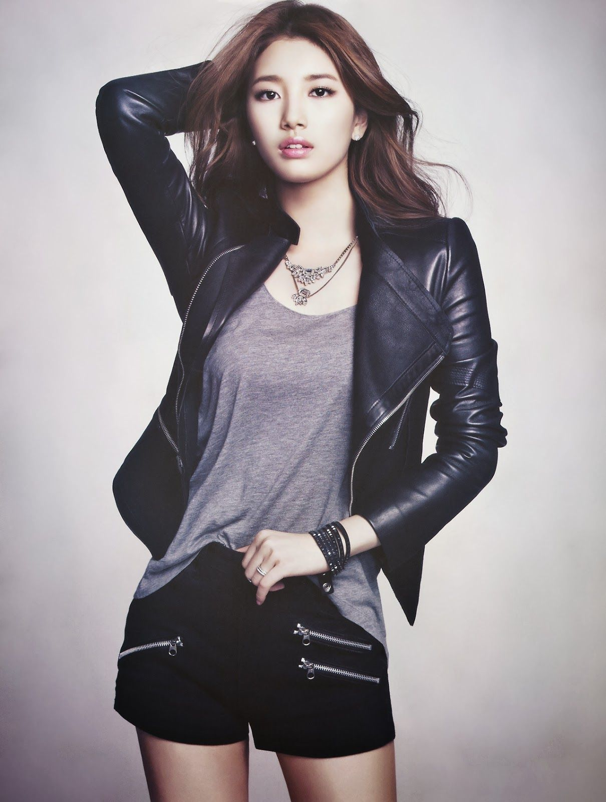 suzy hair style miss a suzy motorcycle look in suzy miss a 5027