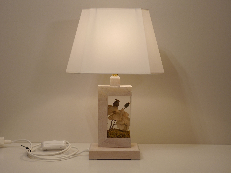 Tischlampe Holz mit Plexiglasbehälter für