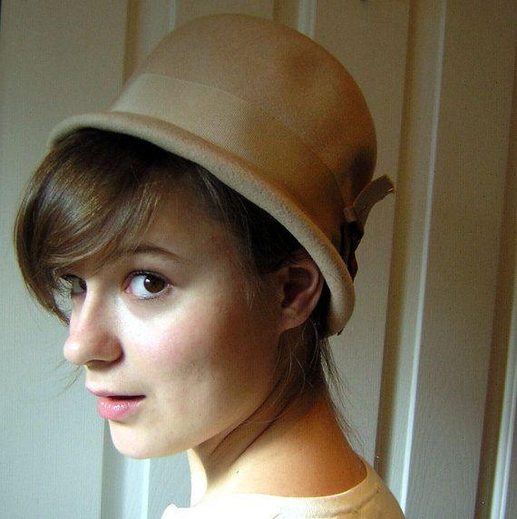 Vintage 60s Hat Wool Felt Cloche Helmet - Tan Size Medium - It's a mod Mod MOD World on Etsy, $48.50