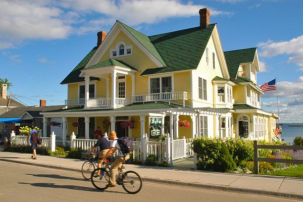 Mackinac Island Bed And Breakfast Condos Cottages Mackinac