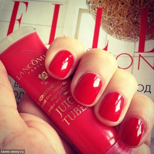 Love a classic red mani!