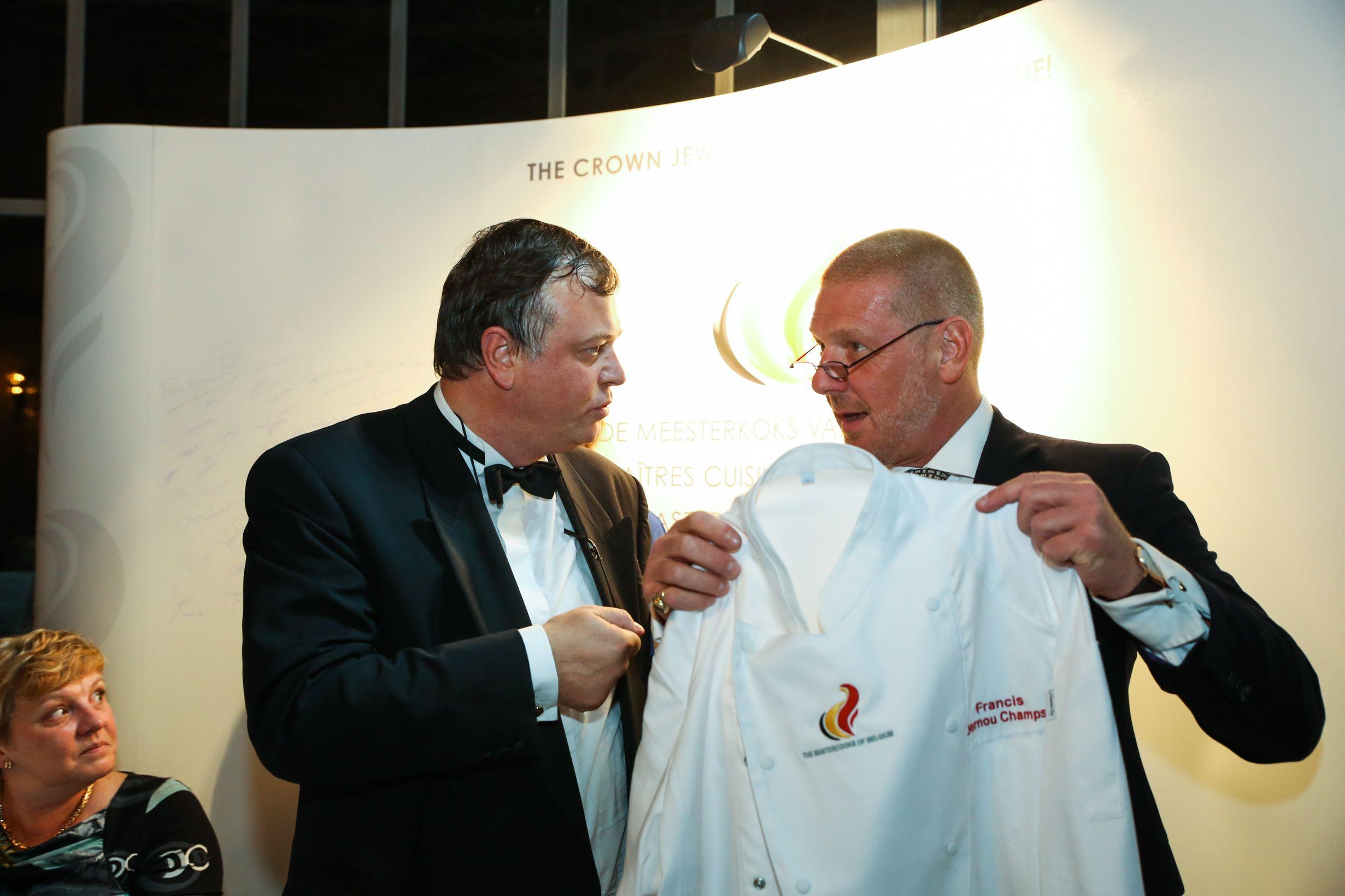 Ambassador Gerald Wathelet with his Mastercook jacket!