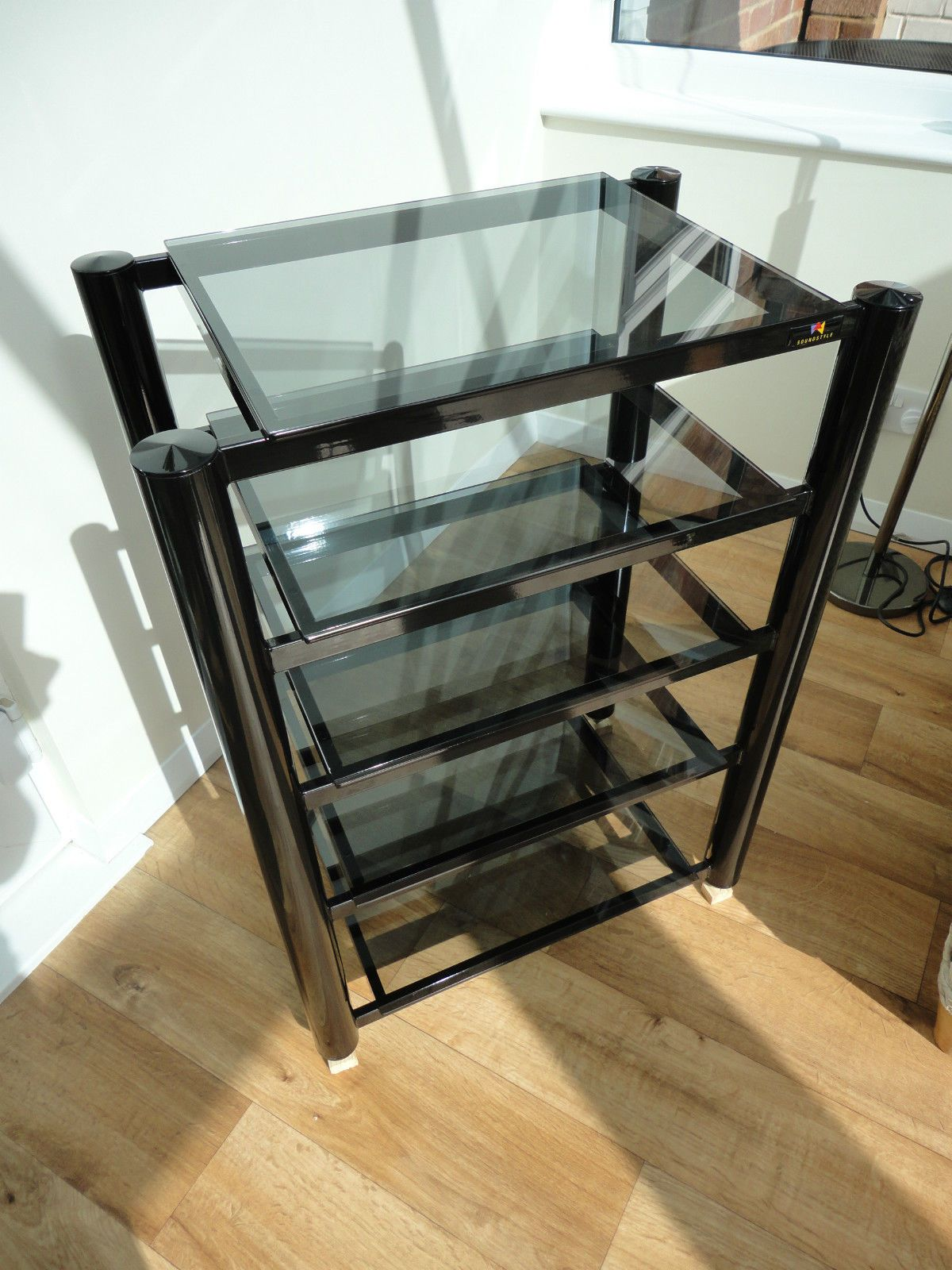 soundstyle hi fi audio rack black with tinted glass shelves audiophile ebay products by. Black Bedroom Furniture Sets. Home Design Ideas