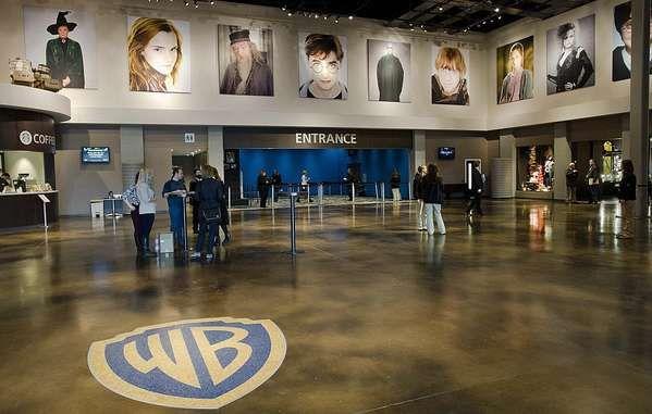 Warner Bros Studio Tour London The Making Of Harry Potter Harry Potter Studio Tour Harry Potter Studios Warner Bros Studio Tour