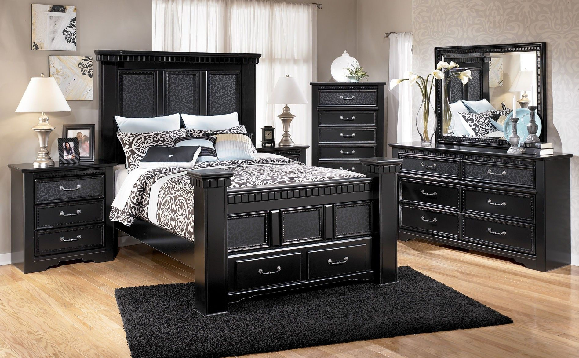 Ashley Cavallino Queen Poster Bed With Storage