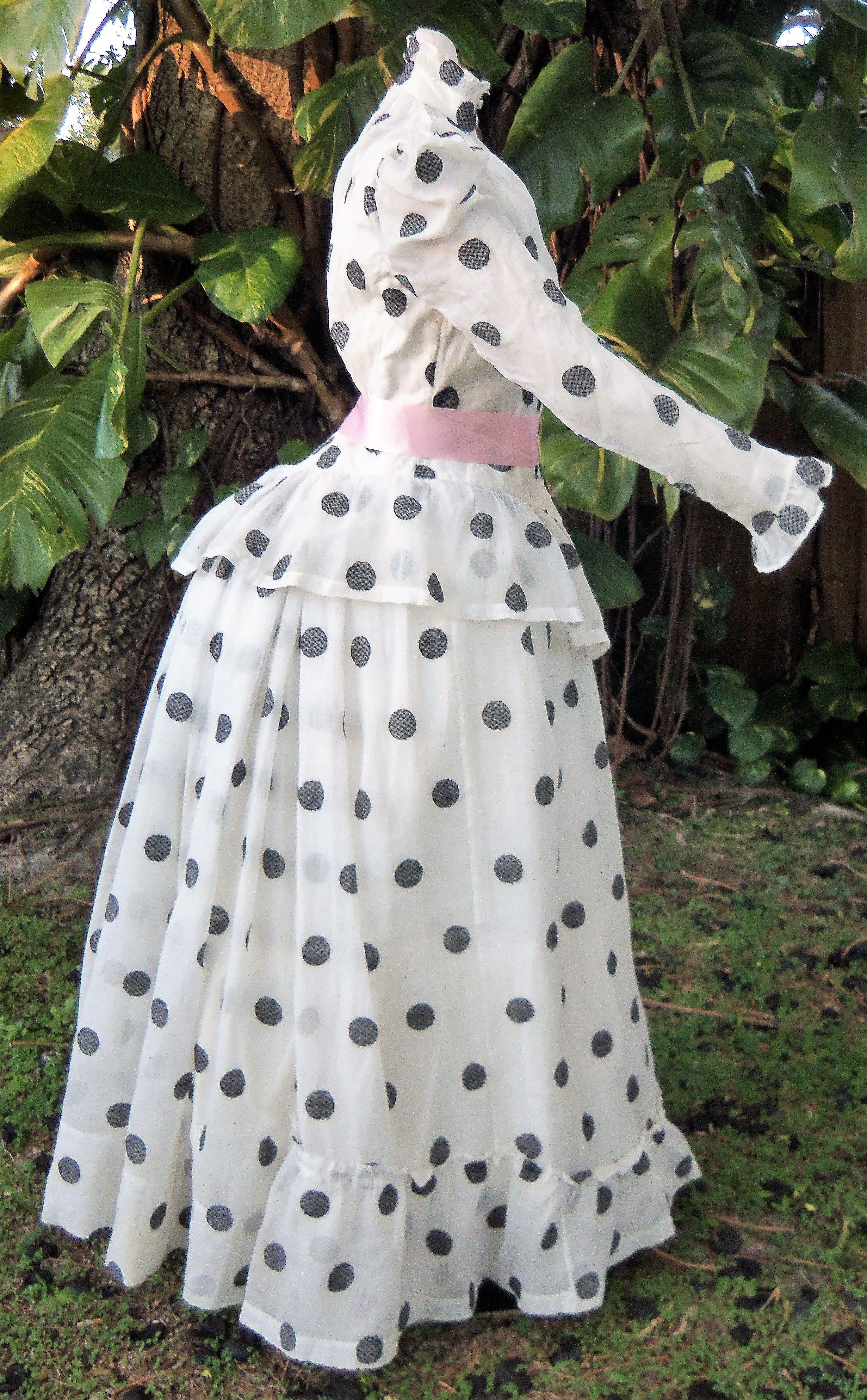 Muslin Summer Dress C 1890 Victorian Era Dresses Fashion 1890s Fashion [ 3972 x 2461 Pixel ]