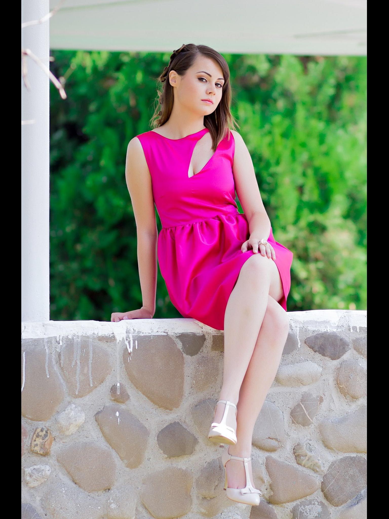 Estela Rosso , diseñadora de moda para todo tipo de eventos, bodas ...