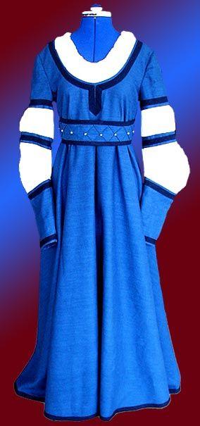 Renaissance Kleid | gothic | Pinterest | Kleider