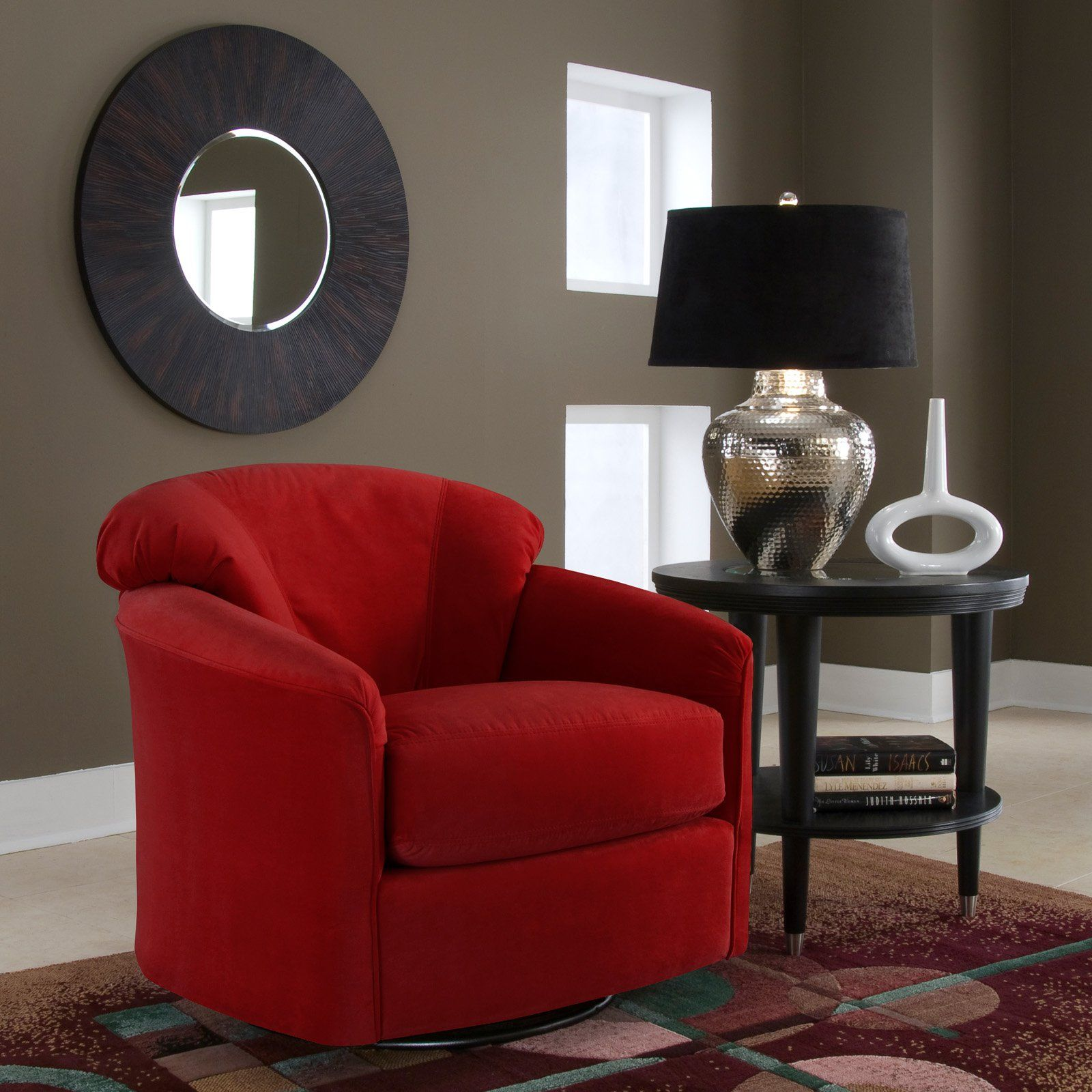 Amazing Room · LOVE THIS SWIVEL CHAIR!