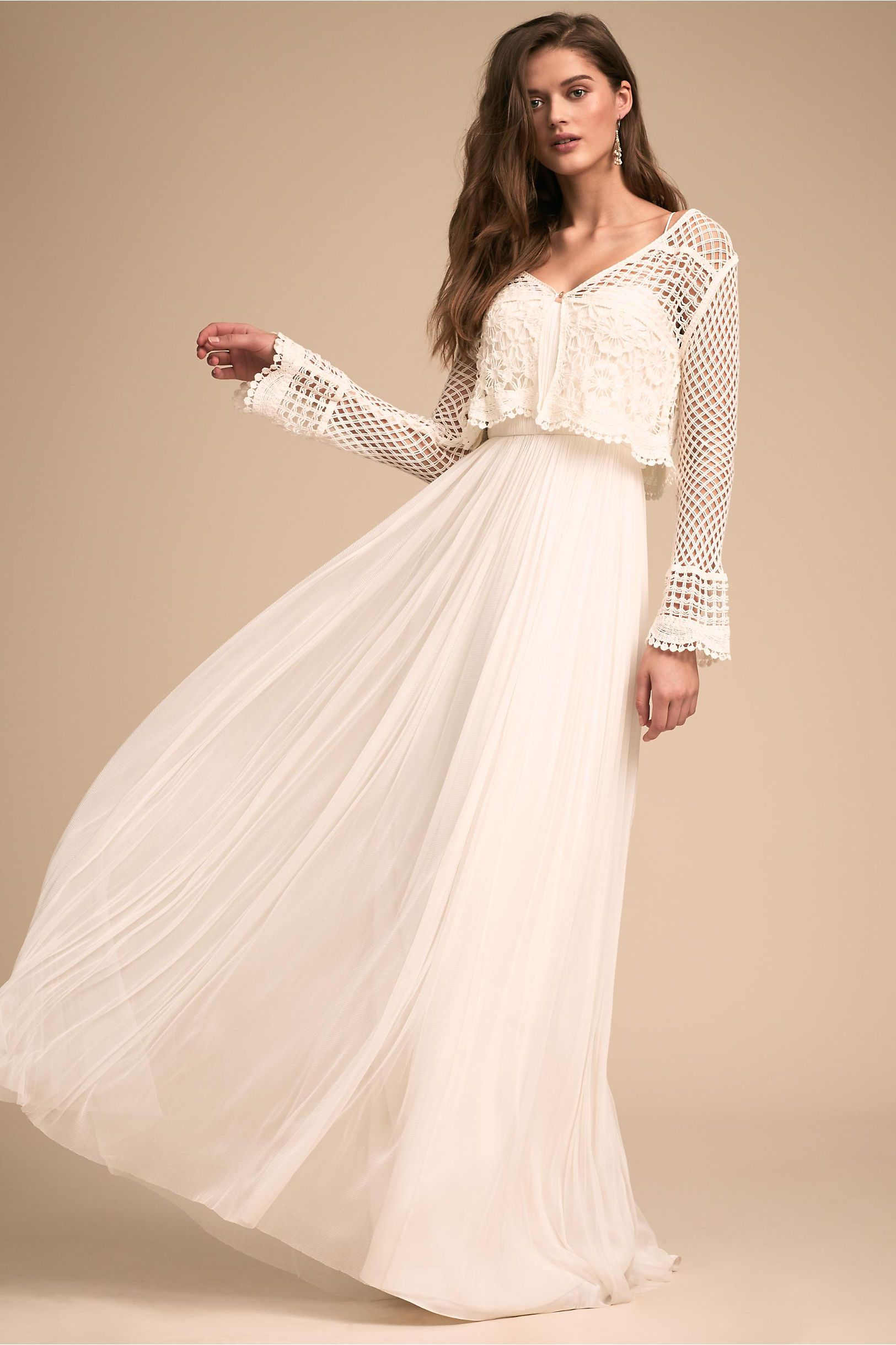 Are you getting married in fall or winter this cute cardigan will
