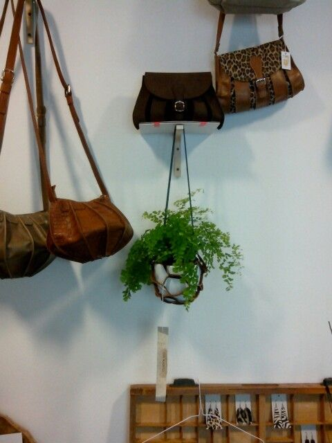 leather bags and accessories at Doppia VU